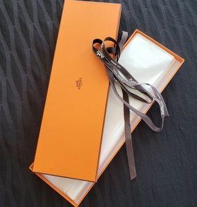Hermes Tie Box w ribbon